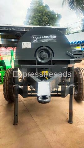 5HP Engine & Tractor operated chaff Cutter's